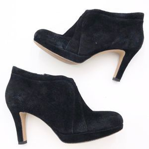 Clarks Suede Heeled Ankle Boots sz 7.5